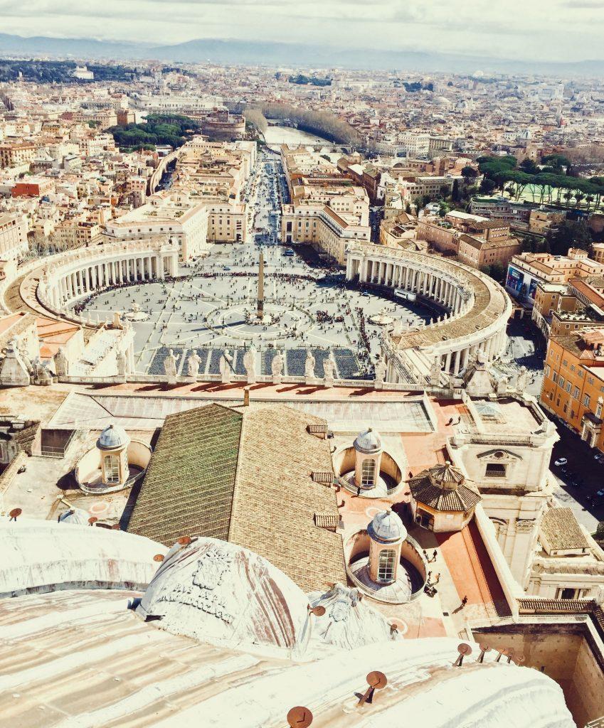 Vue depuis la coupole de la basilique saint pierre