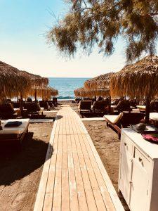 Plage d'Agios Georgios au restaurant Terre Nera